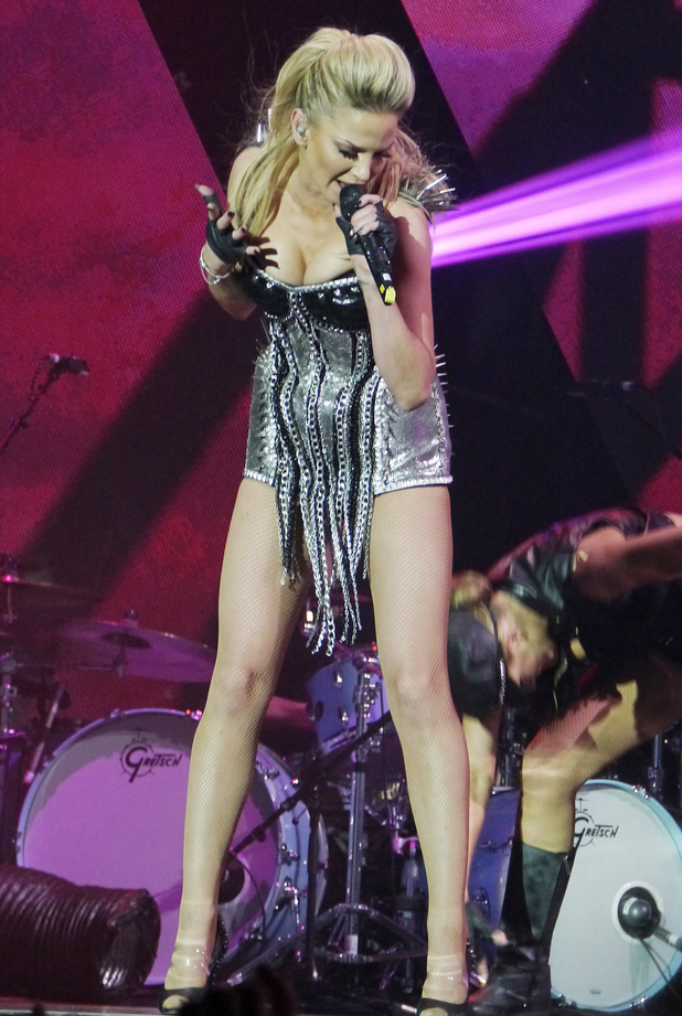 Sarah Harding, London's O2 Arena, Ten tour