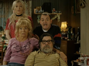 The Royle Family attempt to give the fundraising hotline during 'Funny for Money'