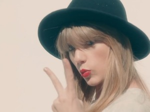 Taylor Swift in '22' music video.