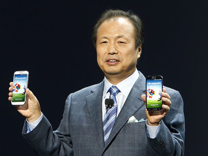 Samsung's JK Shin with the new Galaxy S4 smartphone