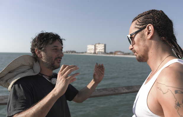 Harmony Korine directs James Franco on the set of 'Spring Breakers'