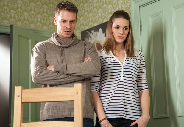 Darren and Sienna walk in on Nancy.