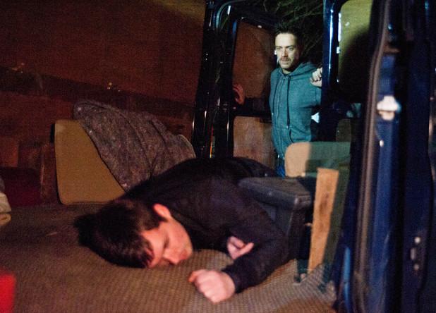 Cameron bundles Robbie into his van
