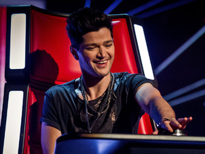 Danny O&#39;Donoghue buzzes in during the blind auditions