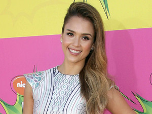 Jessica Alba arrives for the Kids Choice Awards.