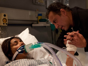 Dev Alahan keeps vigil over Sunita, telling her how much he loves her and begging her to wake up