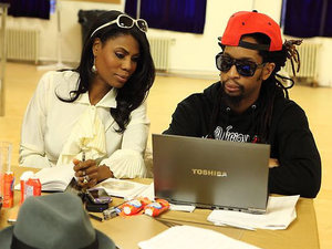 The Celebrity Apprentice USA - S13E03 ('I'm Being Punked By A Jackson') Omarosa and Lil Jon