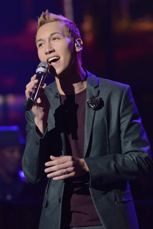 &#39;American Idol&#39; Top 9 performances: Devin Velez