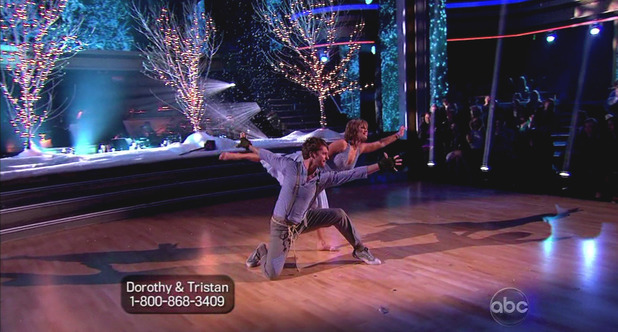 Dancing With The Stars S16E01: Dorothy Hamill & Tristan MacManus