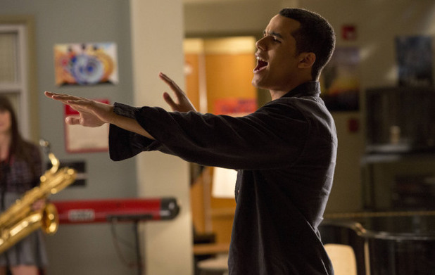 Jake (Jacob Artist) performs in Glee S04E17: 'Guilty Pleasures'