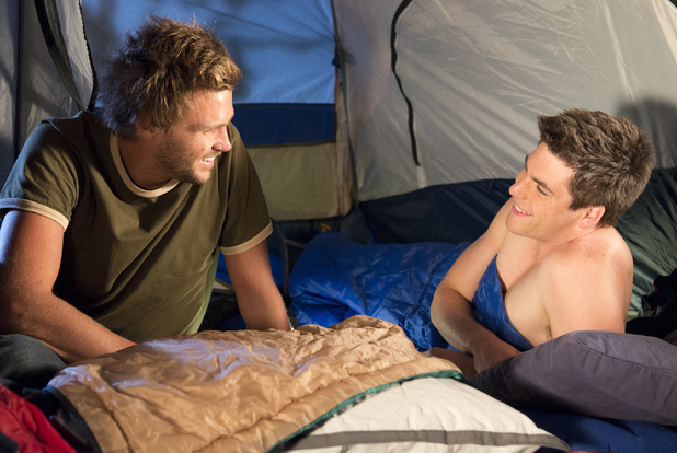 Scotty visits Chris in his tent.