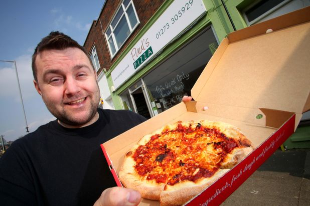 Takeaway sells 'world's hottest pizza'