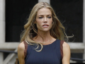 Denise Richards seen filming the tv pilot for 'Twisted'.