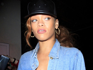 Rihanna shops in Beverly Hills