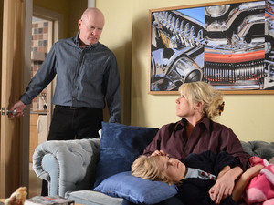 Sharon tells Phil she is worried about Dennis.