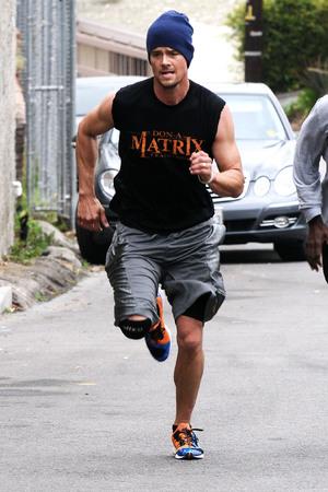 Josh Duhamel, work out, LA, muscles, body, fitness, gay spy