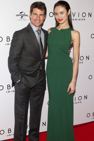 Tom Cruise & Olga Kurylenko at the 'Oblivion' premiere in Dublin, Ireland
