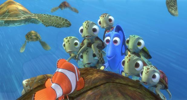 Finding Nemo still, Dory and turtles