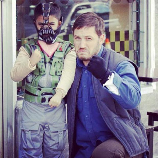 Tom Hardy picture with kid dressed as Bane goes viral