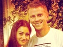 Sean Lowe buys Catherine Giudici a Louis Vuitton purse for her birthday.