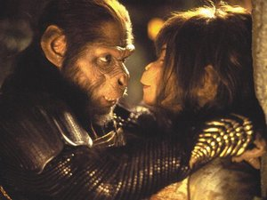 Tim Roth and Helena Bonham Carter in 'Planet of the Apes'