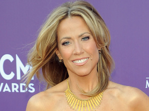 Sheryl Crow arriving at the Academy of Country Music Awards 2013
