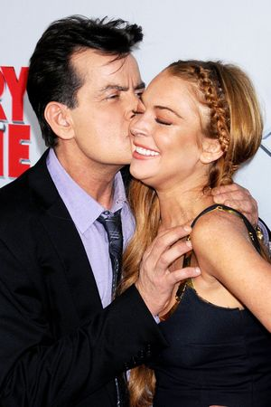 Charlie Sheen, Lindsay Lohan, Scary Movie 5, premiere, Los Angeles, kissing, red carpet