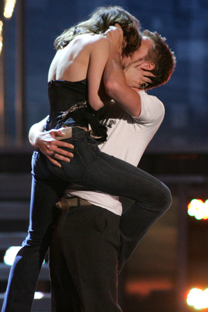 Rachel McAdams, Ryan Gosling, kiss, Best Kiss, MTV Movie Awards 2005, The Notebook