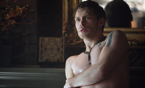 Joseph Morgan as Klaus in The Vampire Diaries S04E18: 'American Gothic'