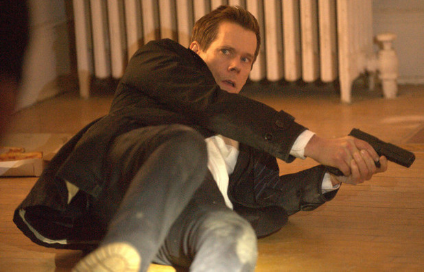 Ryan Hardy (Kevin Bacon) in The Following S01E12: 'The Curse'