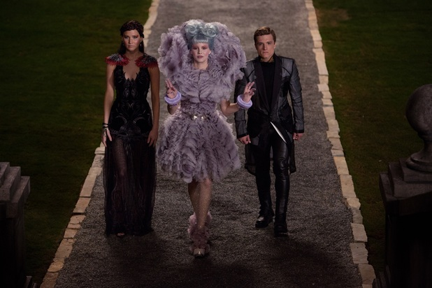 Jennifer Lawrence Elizabeth Banks Josh Hutcherson Catching Fire