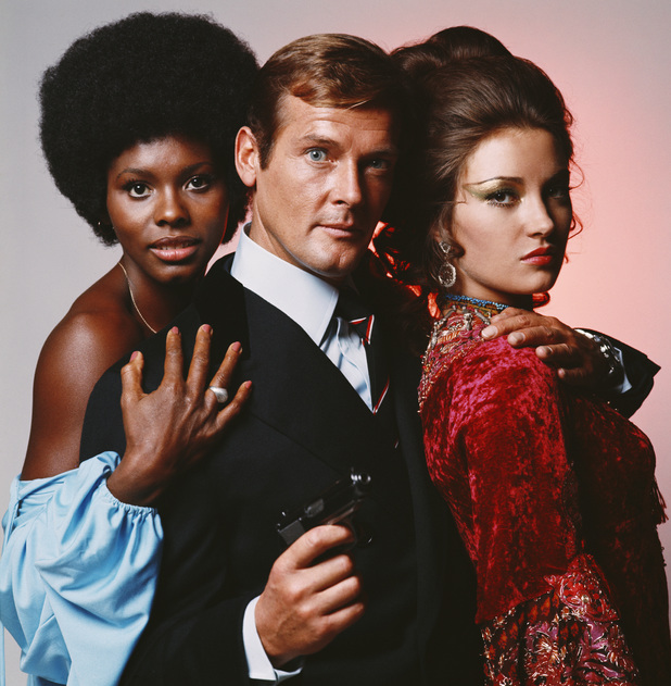 Roger Moore Gloria Hendry and Jane Seymour