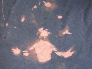 Image of Jesus Christ appears in Martin Andrews's t-shirt in spilt fabric conditioner