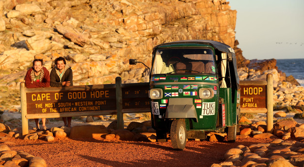 Teachers travelling around world in tuk tuk