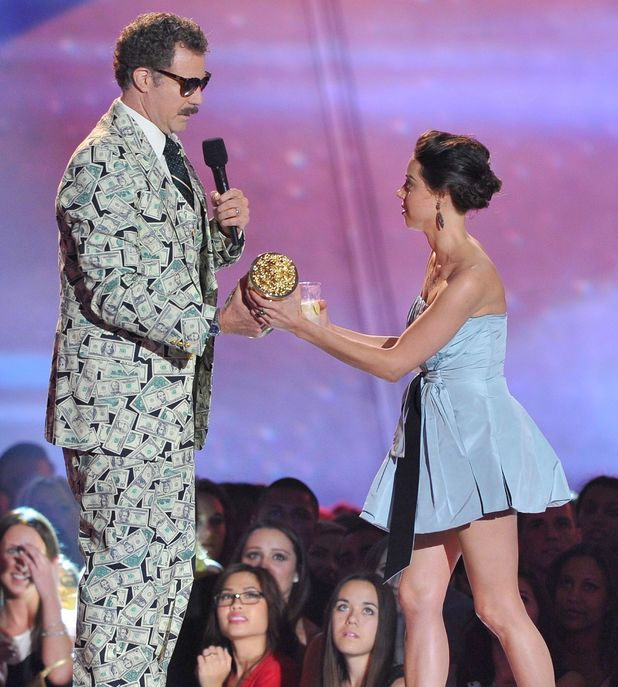 MTV Movie Awards 2013: Will Ferrell is interrupted by Aubrey Plaza