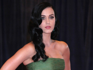 Katy Perry attends the 2013 White House Correspondents&#39; Association Dinner.