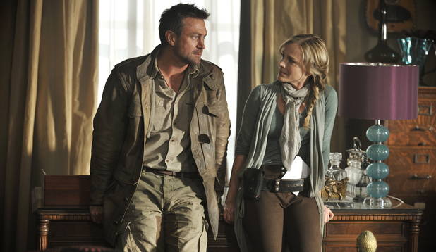 Grant Bowler in 'Defiance'