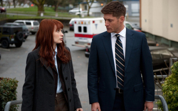 Felicia Day as Charlie and Jensen Ackles as Dean in Supernatural S08E20: 'Pac-Man Fever'