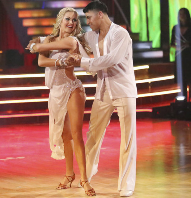 Dancing with the Stars - week 6: Victor Ortiz & Lindsay Arnold