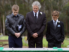 Gina's funeral brings the whole Summer Bay community together.