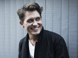 Mark Owen promotional shot.