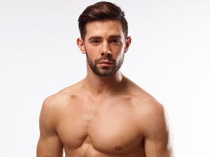 Men&#39;s Health&#39;s Six-Pack Challenge: Charlie King
