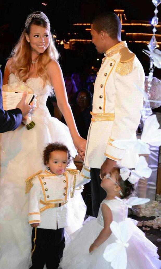 Mariah Carey, Nick Cannon renew vows
