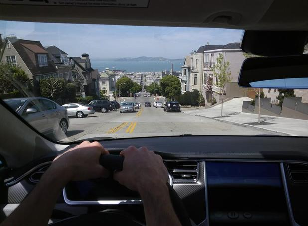 Google X director Steve Lee posted this picture with Google Glass at the wheel