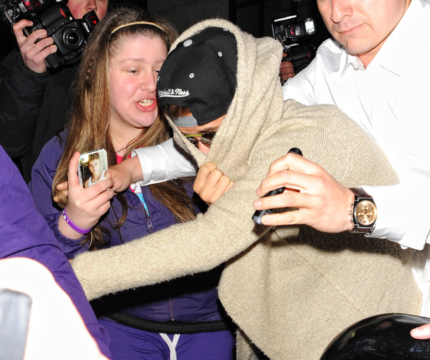 Justin Bieber, fans, London, 19th birthday, mobbed
