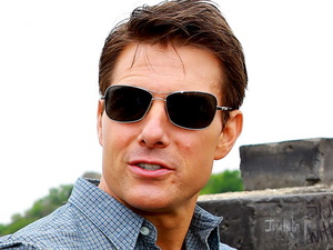 Tom Cruise visits the Great Wall of China