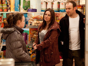 8127: Tim breaks the news to Faye that he can't afford to pay for her school trip. Faye's gutted and asks Anna if she'll lend Tim the money. Owen's against it, insistent that Tim must learn what it means to be a parent, torn will Anna agree?
