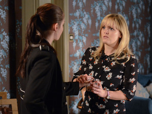 Tanya realises the extent of Lauren's drinking problem.