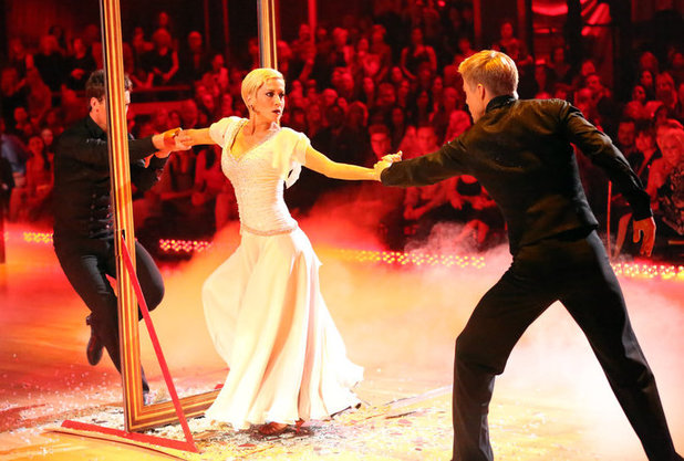 Week 8: Kellie Pickler & Derek Hough - dancing with Tristan MacManus