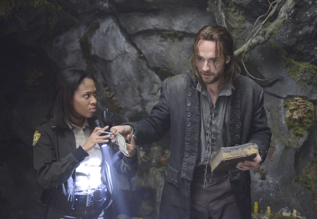 'Sleepy Hollow': Nicole Beharie and Tom Mison